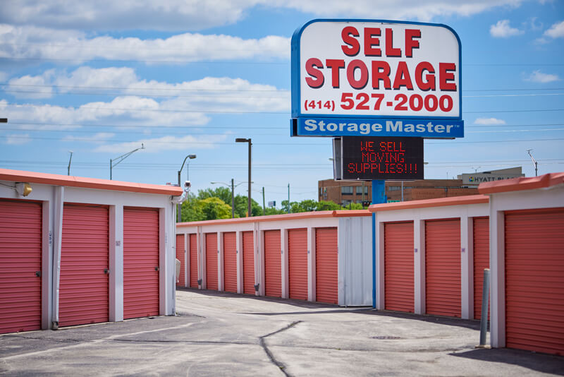 Self Storage Units in Milwaukee WI & Self Storage Units | Milwaukee WI 53225 | Storage Master